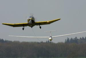 Glider_on_aerotow